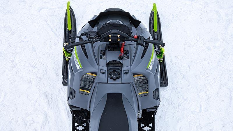 Châssis de taille moyenne BLAST ZR